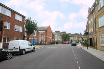 Images for Mount Pleasant Crescent N4 4HR